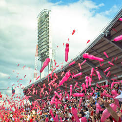 広島東洋カープ、四半世紀ぶりのリーグ優勝! 歓喜に沸く「広島での経済効果」とは?