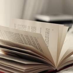 難解な本はもう要らない! 東大首席弁護士が教える『前に進むための読書論』