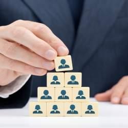プロ経営者が就任するも僅か3カ月で退任:業績立て直しに苦戦するベネッセの今後