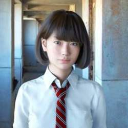"""""""ロボットスマホ""""や""""CG女子高生""""で返り咲きを図る:役員報酬ゼロを決めたシャープの今"""