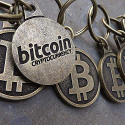 信用情報は共有する時代へ:ビットコイン始め仮想通貨の中核技術「ブロックチェーン」の応用