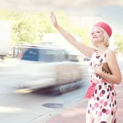 Uberに対抗?タクシーは「ちょい乗り」する時代に:初乗り運賃「410円」へ踏み切った業界の現状