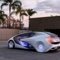 AIと自動運転で人とクルマの新しい関係を構築!トヨタ「Concept-愛i」がCESで世界初公開