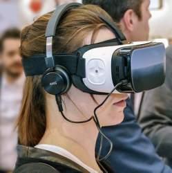 VR元年と呼ばれて1年、今後VRはどこまで私達の生活に入り込んでくるのだろうか