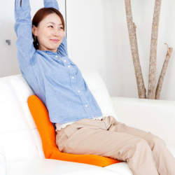 肩コリ・腰痛・むくみを少しでも解消したい! 職場で活用できるオススメ健康グッズ5