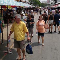 1万店舗以上が連なる、タイで開催された世界最大級のウィークエンドマーケット「JJ」に行ってきた!