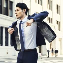 暑い季節だからこそ涼しく、スマートに。ONLYの新作春夏スーツ「プレミアムウールストレッチ」