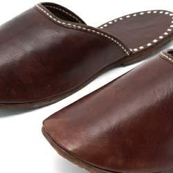 窮屈でムレる革靴から解放されたい! オフィスで使えるルームシューズ