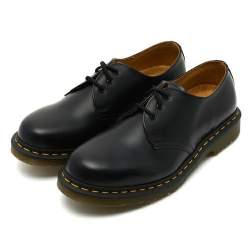 ブーツだけじゃない!世界中で愛される永遠の定番シューズ「ドクターマーチン」の魅力