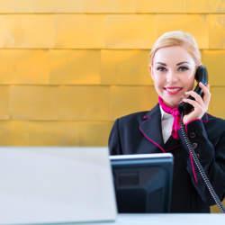 【Travel Tips】これで安心!アメリカでホテルを電話予約する際に役立つ英語フレーズを紹介
