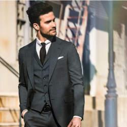 結婚式にNGなスーツって?男性ゲストの結婚式服装マナー&王道スーツコーデ