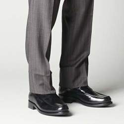 今、Uチップはスーツに合わせる!最旬パンツとUチップの関係