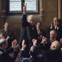 アカデミー賞レース第3弾「ウィンストン・チャーチル ヒトラーから世界を救った男」
