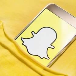Snapchat創業者エヴァン・シュピーゲルが卒業生に贈った「お金よりも価値があるものを見つけ出す」方法