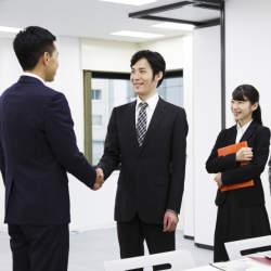 【例文】好印象な転職初日の入社挨拶スピーチ&挨拶メールの書き方