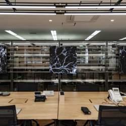 マンネリ化した発想はオフィスのせいかも?!最先端アートが投影される環境で職場を変革する「OFFICE × ART –digital-」プロジェクト