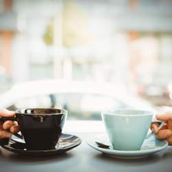 新しい社内コミュニケーションツール「Crack Barista」の誕生!バリスタのハンドドリップコーヒーをオフィス内で楽しむことで職場環境を向上へ
