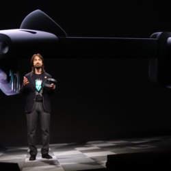 西田宗千佳のトレンドノート:マイクロソフトがHoloLens 2を「モバイル関連展示会」で発表する意味