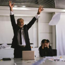 パワハラ対策、できていますか?職場のハラスメントリスクをモニタリングするサービス「Watch」