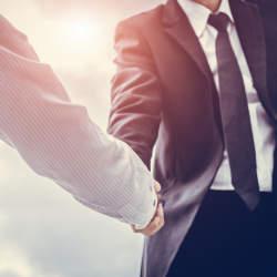 顧客攻略力を強化したい営業担当必見。参加無料のオンラインセミナー「場当たり的営業・属人的営業から戦略営業へ変革する方法」が開催