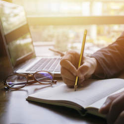この夏、新しいスキルを習得するチャンス!ShareWisオンライン講座のセール開催中