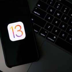 西田宗千佳のトレンドノート:iOS13での「位置情報取得」ダイヤログが示す課題