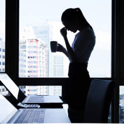 ブラック企業って結局どんな企業?ブラックと感じる3大要素は長時間労働、低い給与、尊敬できない上司・経営者 調査結果
