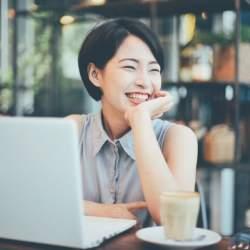 副業している人の収入事情と満足度とは?