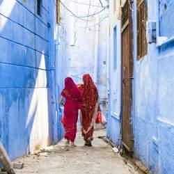 【インド】太陽光発電製品の販売で女性が活躍、ユーザー視点を生かす。電力普及と社会進出の効果も