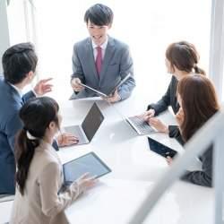 働き方改革ラボが「会議改善に役立つ資料」を公開!選択と集中で質の高い会議に