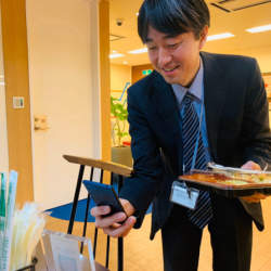 社員食堂「オフィスde弁当」がコンシェルジュツール「Mamoru Biz」と連携、社内決済機能が利用可能に