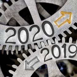 2020年に武器になると思う資格、1位はTOEIC、2位にFP。トレンド予測は嵐活動休止、教育改革など│ユーキャン調べ