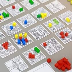 ビジネス学習用ボードゲーム「MarketingTown」でパナソニックグループとNEXERAが業務提携