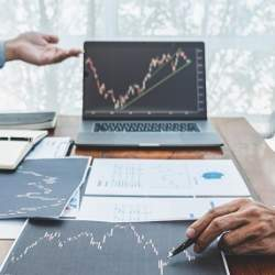 日経平均2万7000円超えの予想も…マネックス証券が「2020年相場展望」を発表