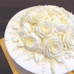 長野のケーキ専門店が生んだ「純白フラワーケーキ」が話題 制作者が大切にする想いとは