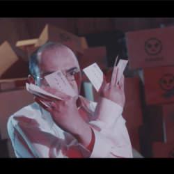 特許庁がカンフー動画「商標拳」を公開!おじさん社長がパクリ社長を吹っ飛ばす痛快コメディで商標登録を促す