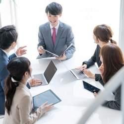 業務効率化代行サービス「カワリニ」が登場、ITツール導入や現場スタッフへのレクチャーを代行
