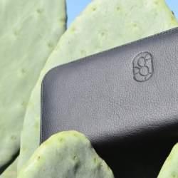 【取材】メキシコ発!サボテンを原料としたエコな革製品が誕生。「本皮と同等レベルの丈夫さを追求」