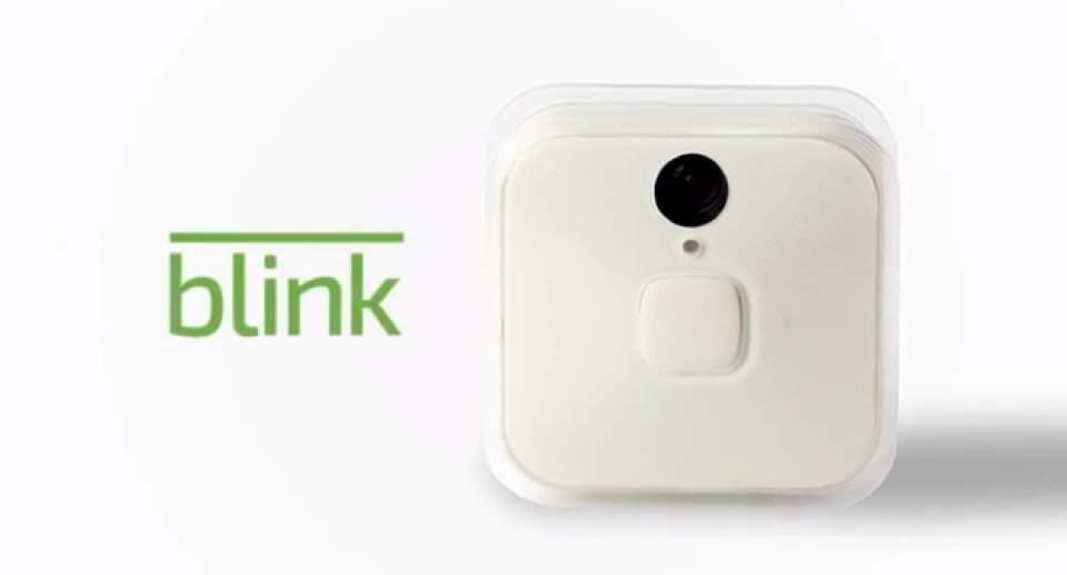 もう家に残したペットの心配は不要!どこにでも設置できる小型室内カメラ「Blink」 1番目の画像