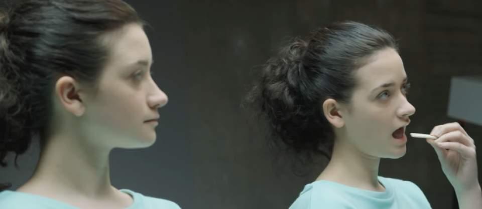 「ガムを噛んでる噛んでないでは、どちらが好印象?」一卵性双生児を使ったガムメーカーの社会実験 2番目の画像