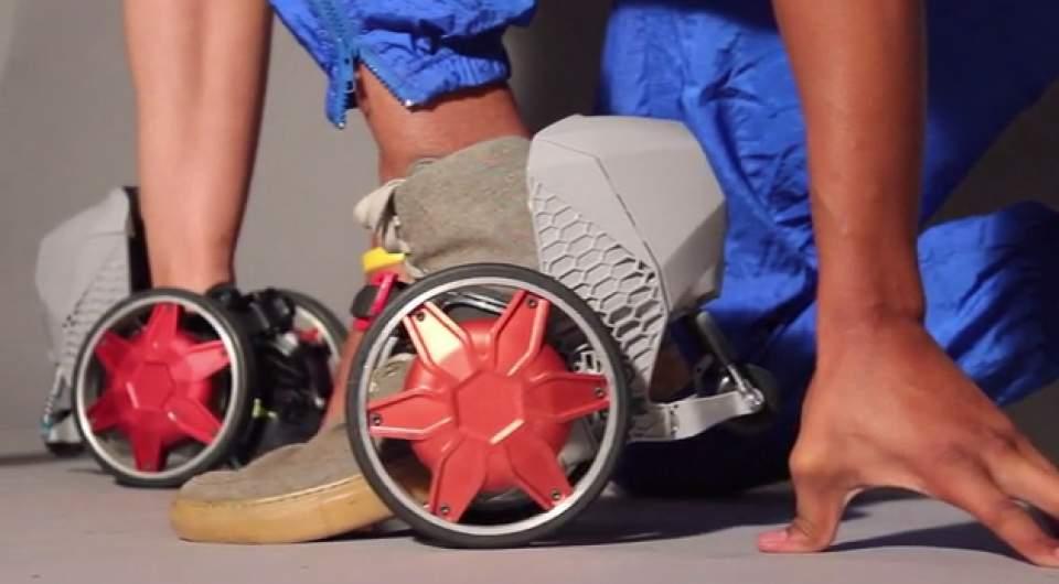【動画】マンガの世界がすぐそこに!靴に装着し、時速20kmで走行する電動スケーター登場 1番目の画像