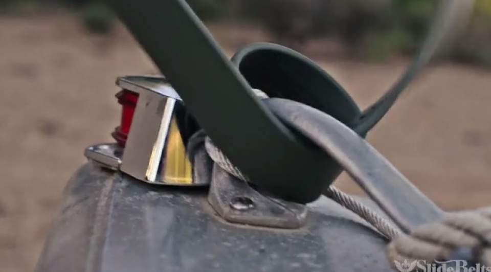 GPS搭載、火起こしやナイフもついてるクールなサバイバル用ベルト「Survival Belt」 7番目の画像