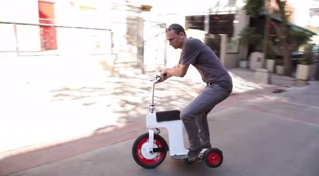 免許いらずで乗りこなせる!折りたたみ式の次世代電動スクーター「ACTON M Scooter」 1番目の画像