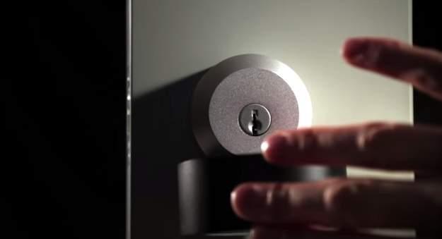 鍵の遠隔操作、一元管理が可能!スマホと連携した近未来ドアロック「Goji Smart Lock」 6番目の画像