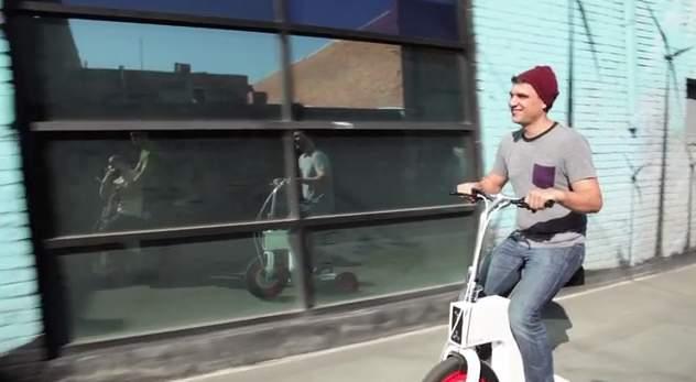 免許いらずで乗りこなせる!折りたたみ式の次世代電動スクーター「ACTON M Scooter」 3番目の画像