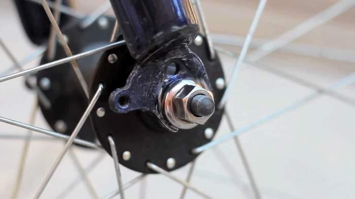 もう重いホイールロックは必要無い!ロードバイクを完璧に守る対泥棒用ガジェット「Nutlock」 4番目の画像