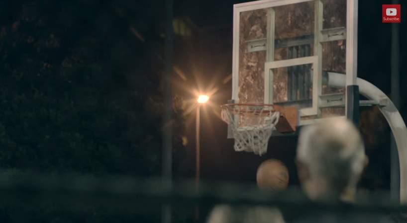バスケ界に新生あらわる!史上最強の老人コンビが、ストバスの若者を滅多打ちにする。その正体は…。 8番目の画像