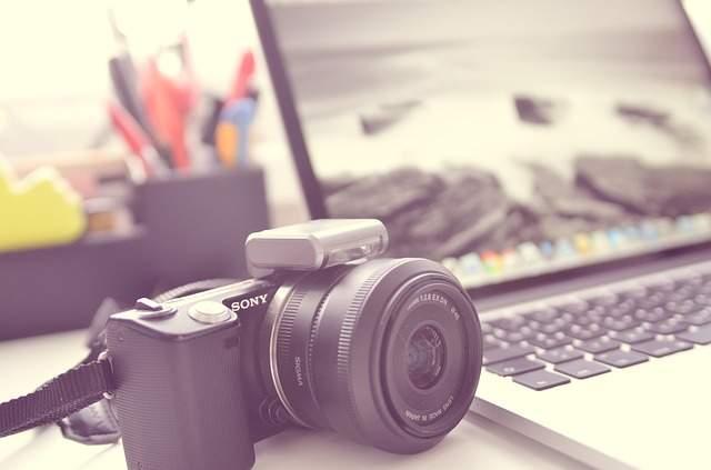 "LINEが出した ""自撮り専用""カメラアプリ「B612」は他のカメラアプリと何が違うのか? 4番目の画像"