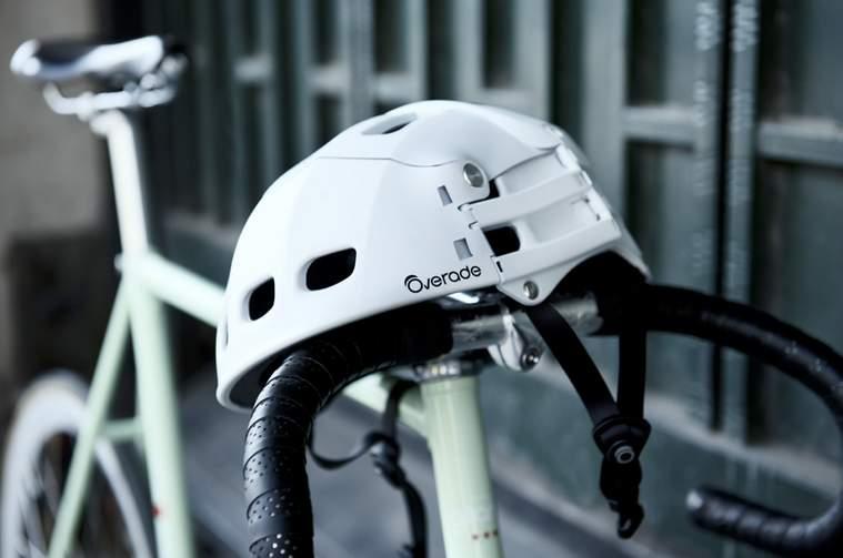自転車乗りの皆さん!折りたためてカバンにしまえるヘルメット「Plixi」が便利です 1番目の画像