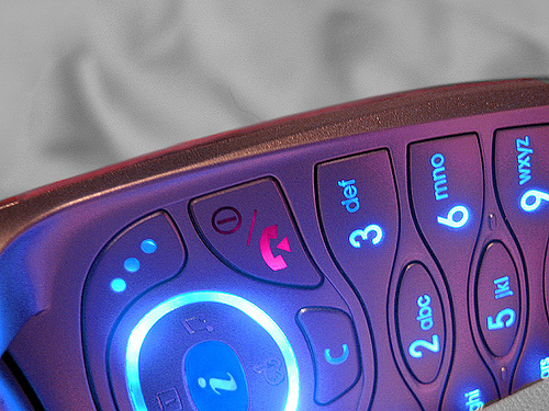 「電話嫌い」克服への第一歩!電話の取次ぎをするときのメモの取り方4ステップ 1番目の画像